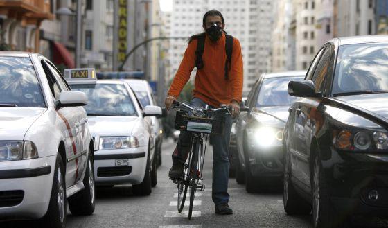Ciclista màscara El País