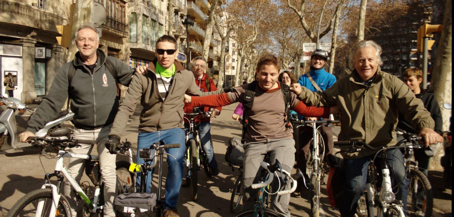 Trobada d'entitats ciclistes i ruta en bici per Barcelona
