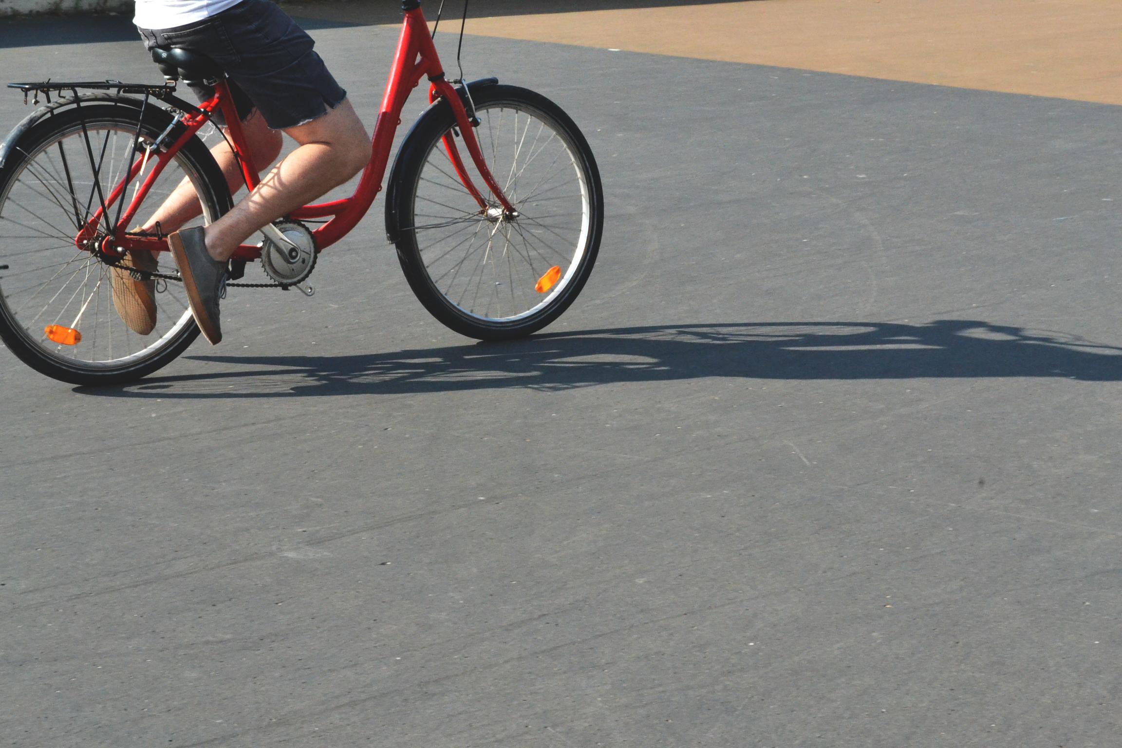 A cop de pedal amb la Biciescola i  el servei Bicifeina!