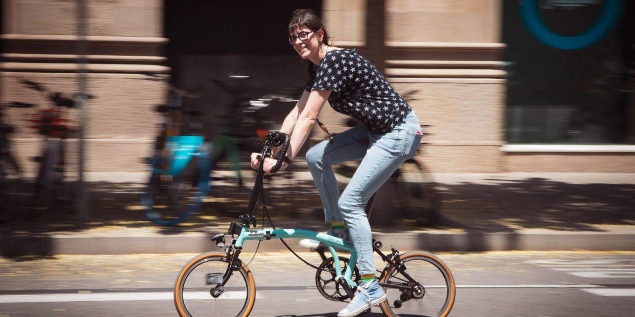 """Testimonis ciclistes: Marta Casar """"La bici per a mi significa llibertat i felicitat"""""""